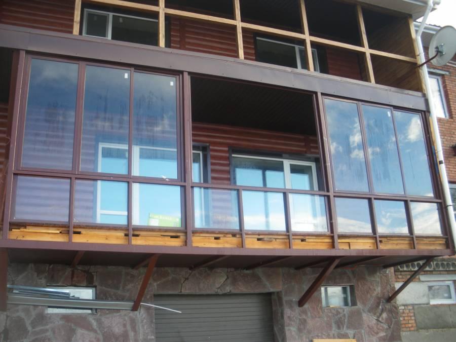 Теплый балкон в частном доме фото.